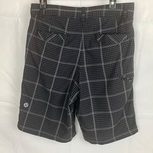 LULULEMON Mens  Kahuna Stretch Golf Shorts Size 32